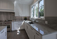 1429-Pleasant-Glenview - Kitchen, Window - Globex Developments Custom Homes