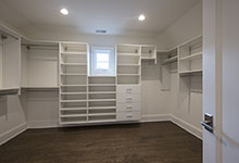 1429-Pleasant-Glenview - Master Bedroom Closet - Globex Developments Custom Homes