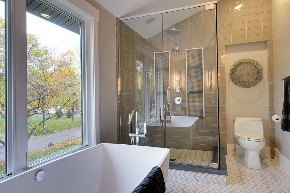 1431-Meadow-Glenview - Master-Bathroom-Detail - Globex Developments Custom Homes