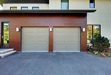 1431-Meadow-Glenview - House Garage View - Globex Developments Custom Homes