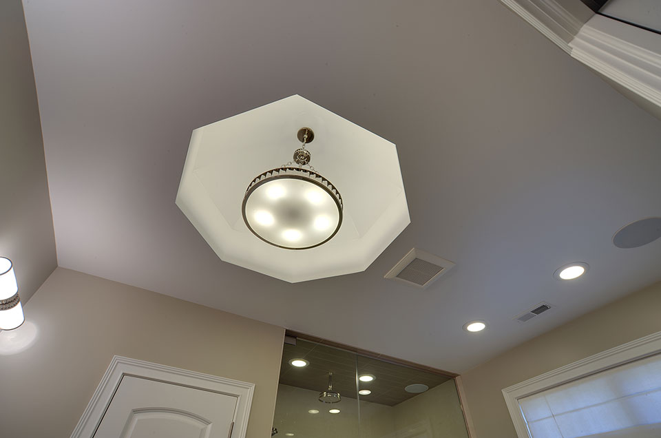 1444-Greenwood-Deerfield - masterbath-ceiling - Globex Developments Custom Homes