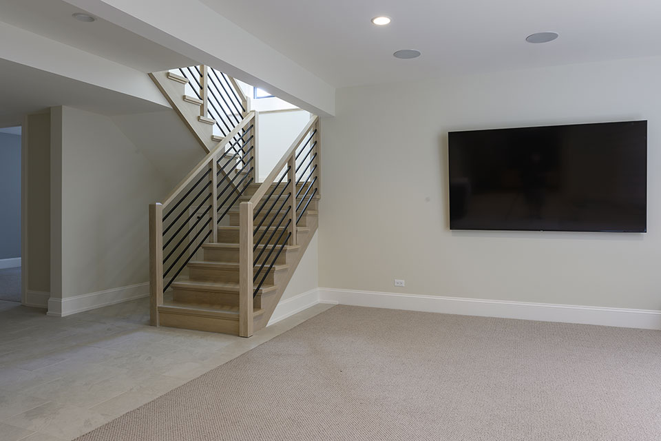 1444-Hawthorne-Glenview - Basement,-Staircase,-TV - Globex Developments Custom Homes