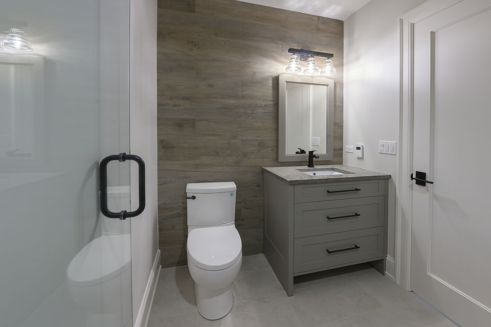 1444-Hawthorne-Glenview - Basement-Bathroom - Globex Developments Custom Homes