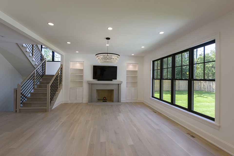 1444-Hawthorne-Glenview - Family-Room,-Fireplase,-Staircase - Globex Developments Custom Homes