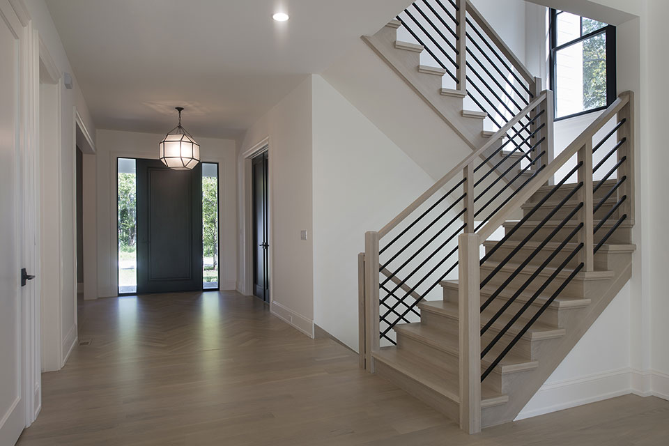 1444-Hawthorne-Glenview - Stairs-Front-Door - Globex Developments Custom Homes
