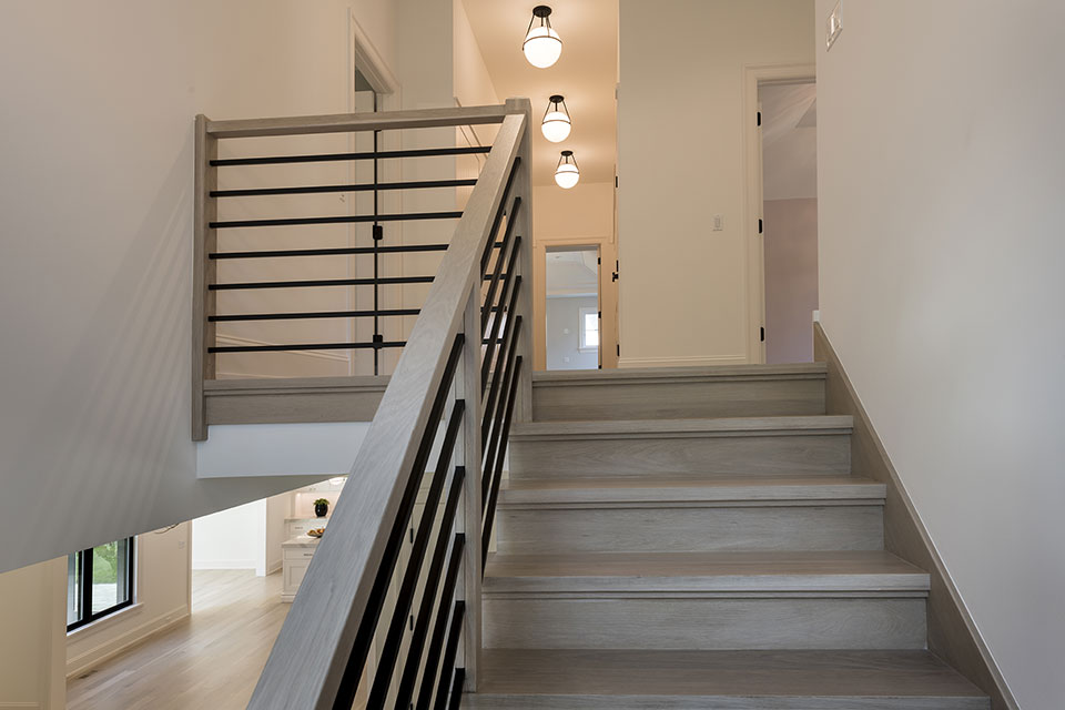 1444-Hawthorne-Glenview - Stairs - Globex Developments Custom Homes