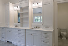 1444-Hawthorne-Glenview - Master Bathroom Cabinets, Side View - Globex Developments Custom Homes