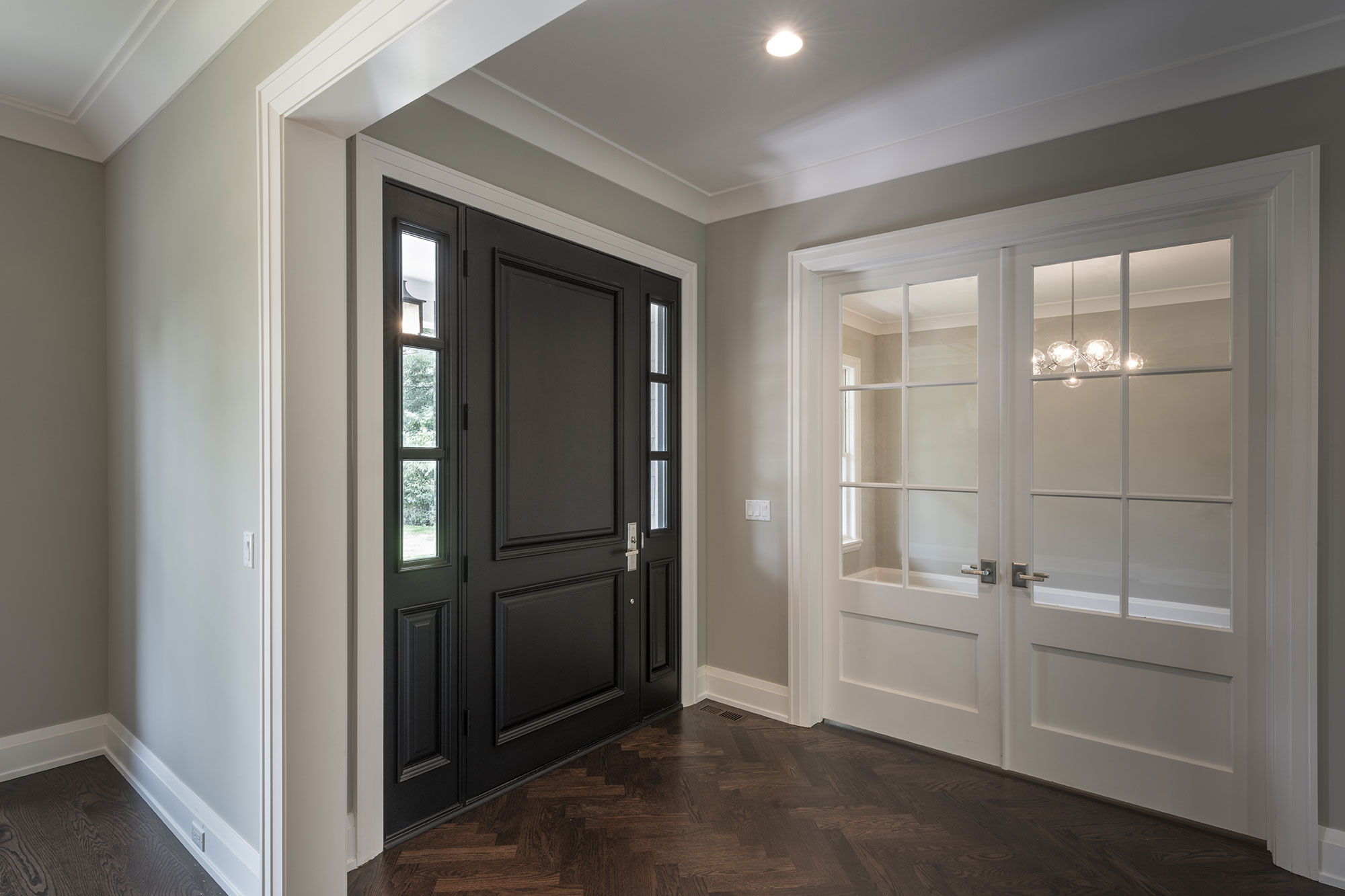1525-Canterbury-Glenview - Front-Doors,-Office-View - Globex Developments Custom Homes