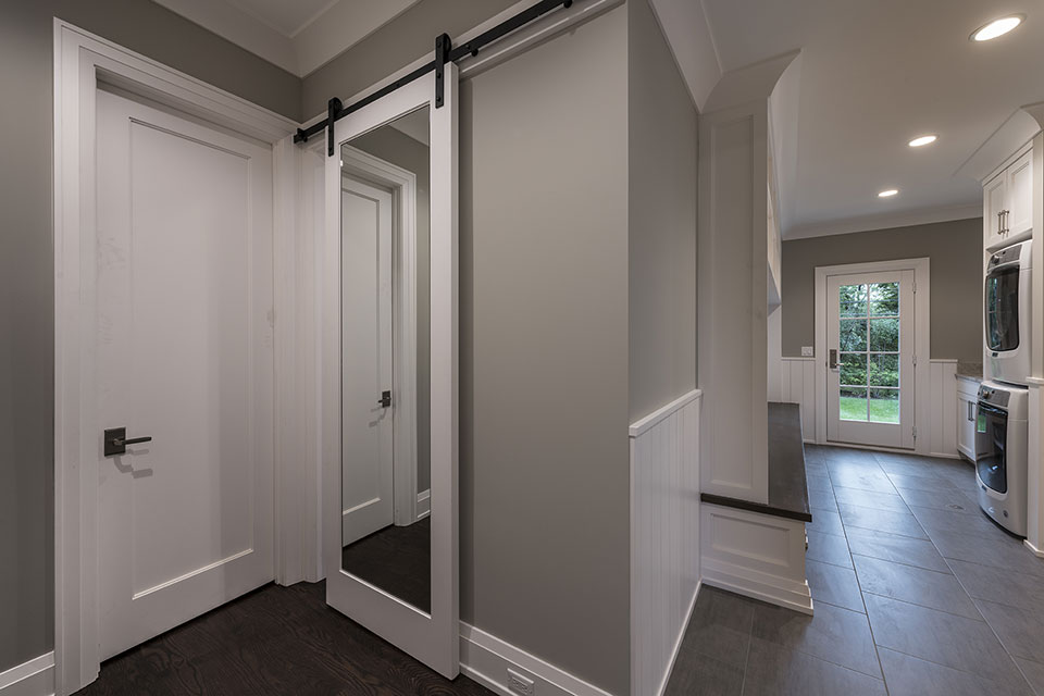 1525-Canterbury-Glenview - Barn-Door,-Mudroom - Globex Developments Custom Homes