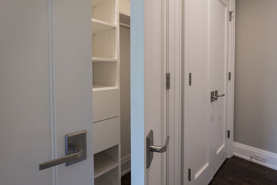 1525-Canterbury-Glenview - Closet-Paint-Grade-Double-Doors - Globex Developments Custom Homes