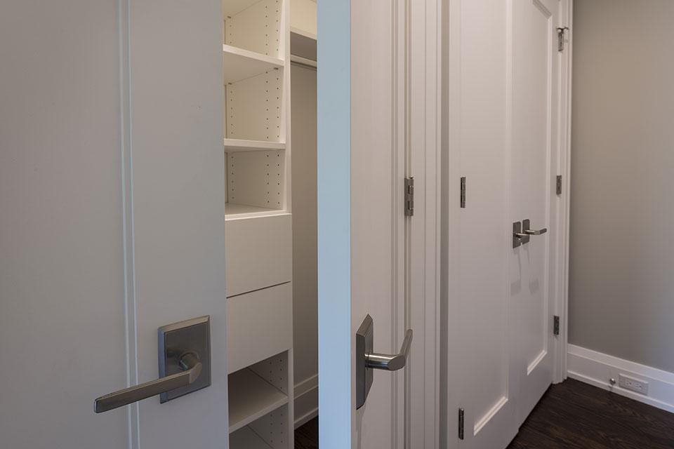 1525-Canterbury-Glenview - Closet Paint Grade Double Doors - Globex Developments Custom Homes