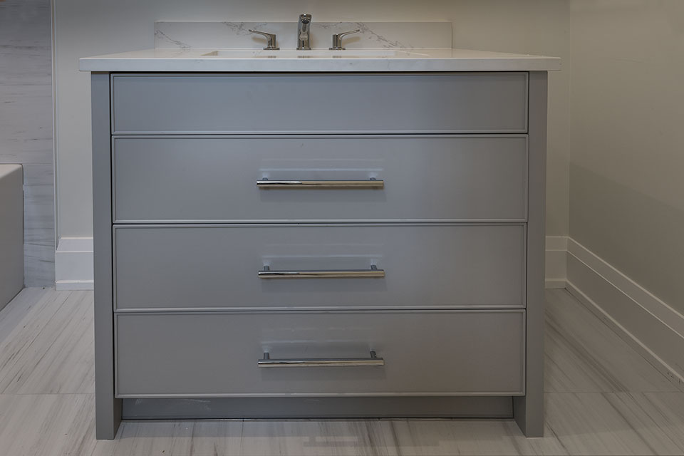 1525-Canterbury-Glenview - Guest Bathroom Vanity Custom Cabinets - Globex Developments Custom Homes