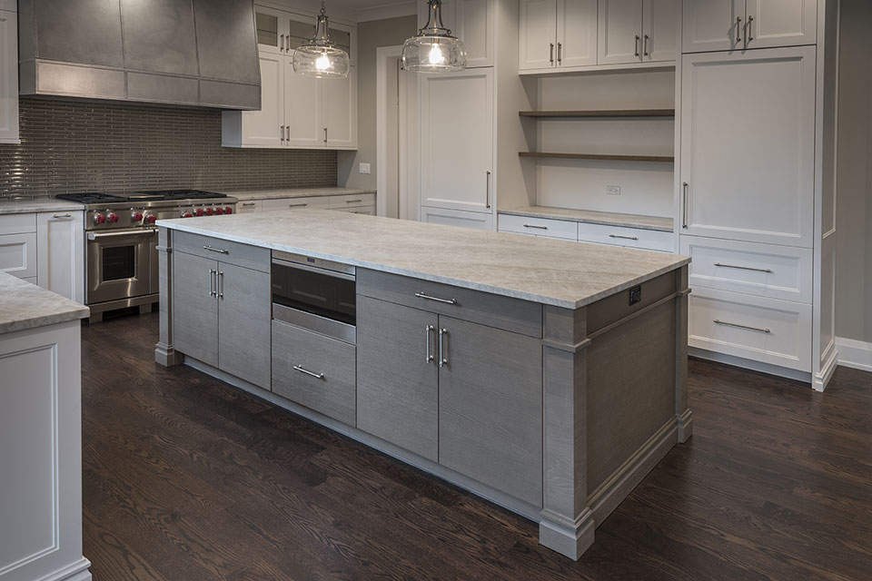 1525-Canterbury-Glenview - Kitchen-Island - Globex Developments Custom Homes