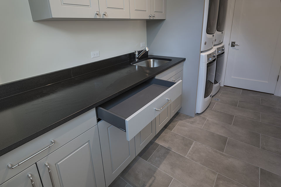 1525-Canterbury-Glenview - Laundry-Cabinets,-Drawer - Globex Developments Custom Homes
