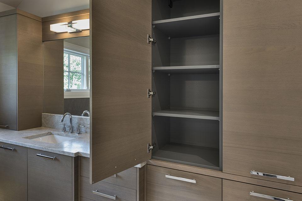 1525-Canterbury-Glenview - Master Bathroom Cabinets Inside - Globex Developments Custom Homes