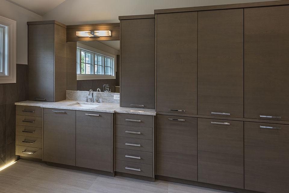 1525-Canterbury-Glenview - Master Bathroom Cabinets - Globex Developments Custom Homes