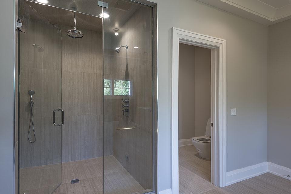 1525-Canterbury-Glenview - Master Bathroom Shower - Globex Developments Custom Homes