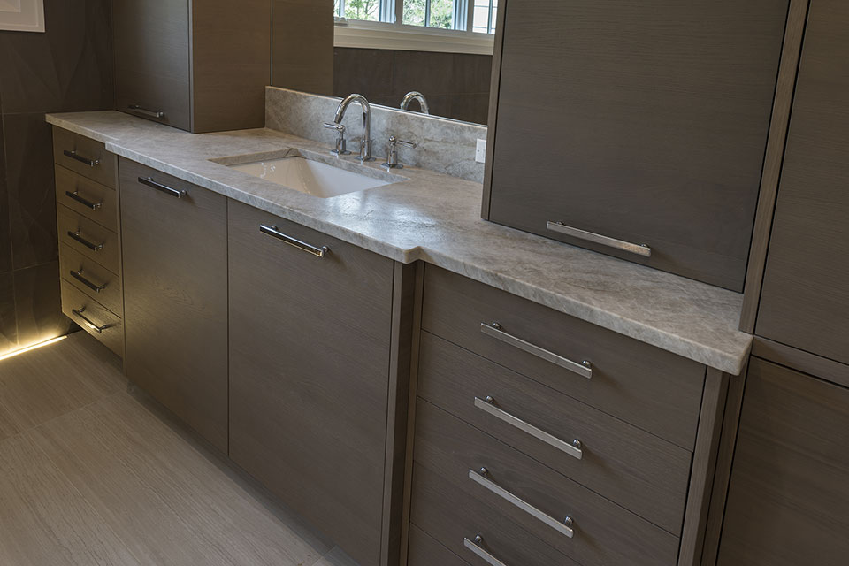 1525-Canterbury-Glenview - Master-Bathroom-Vanity - Globex Developments Custom Homes