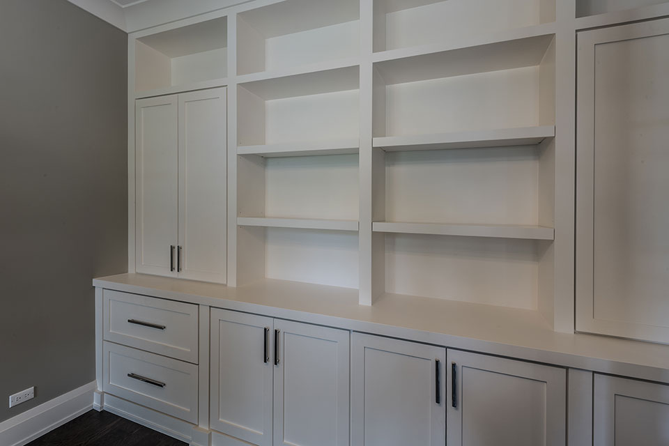 1525-Canterbury-Glenview - Office-Cabinets-CloseUp - Globex Developments Custom Homes