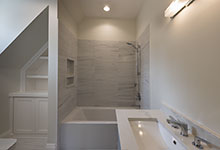 1525-Canterbury-Glenview - Guest Bathroom - Globex Developments Custom Homes