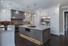 1525-Canterbury-Glenview - Kitchen Lights On Island - Globex Developments Custom Homes