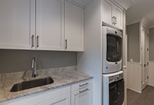 1525-Canterbury-Glenview - Mudroom Laundry - Globex Developments Custom Homes
