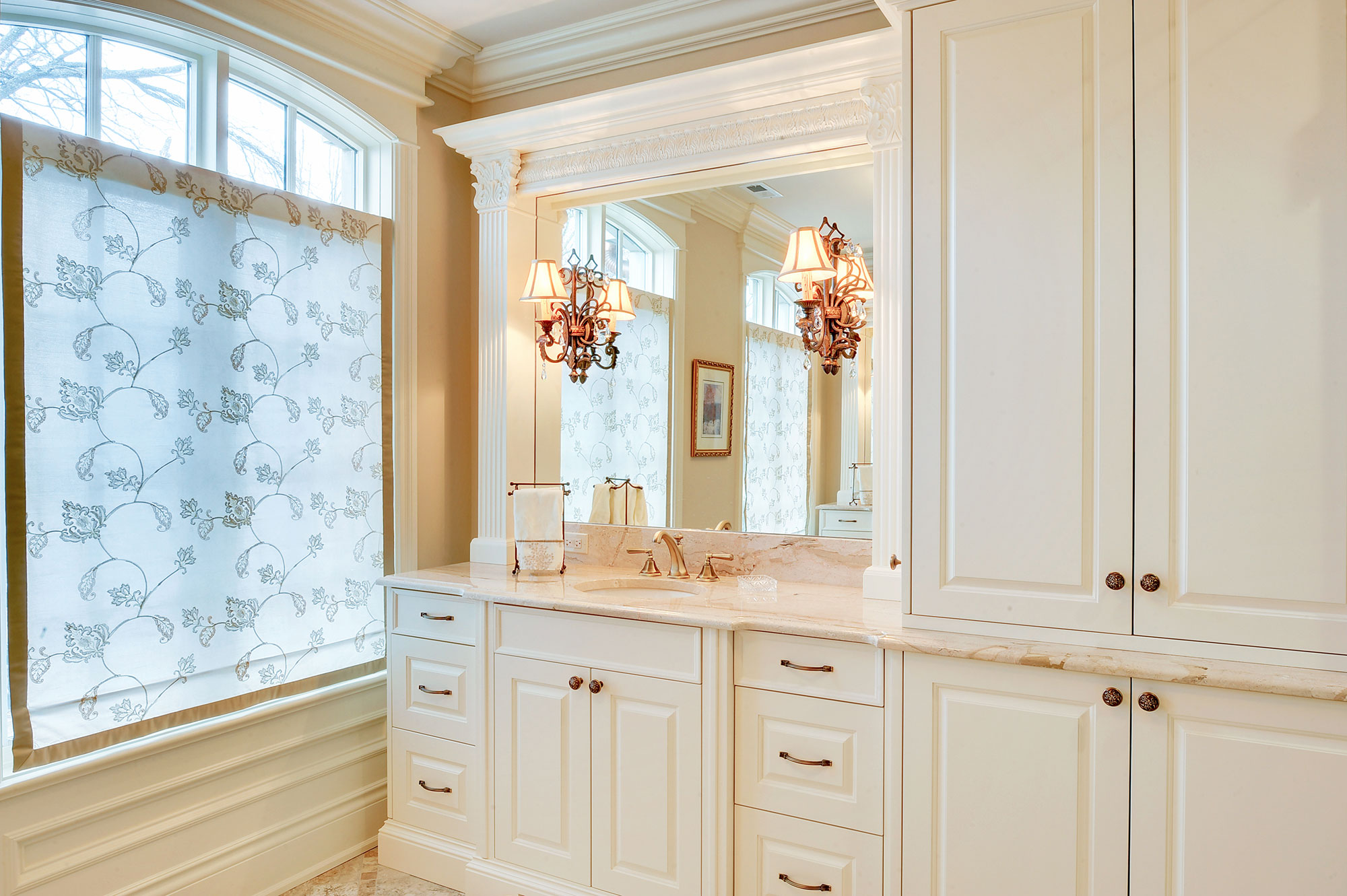 master-bathroom-cabinets | New Custom Homes | Globex Developments ...