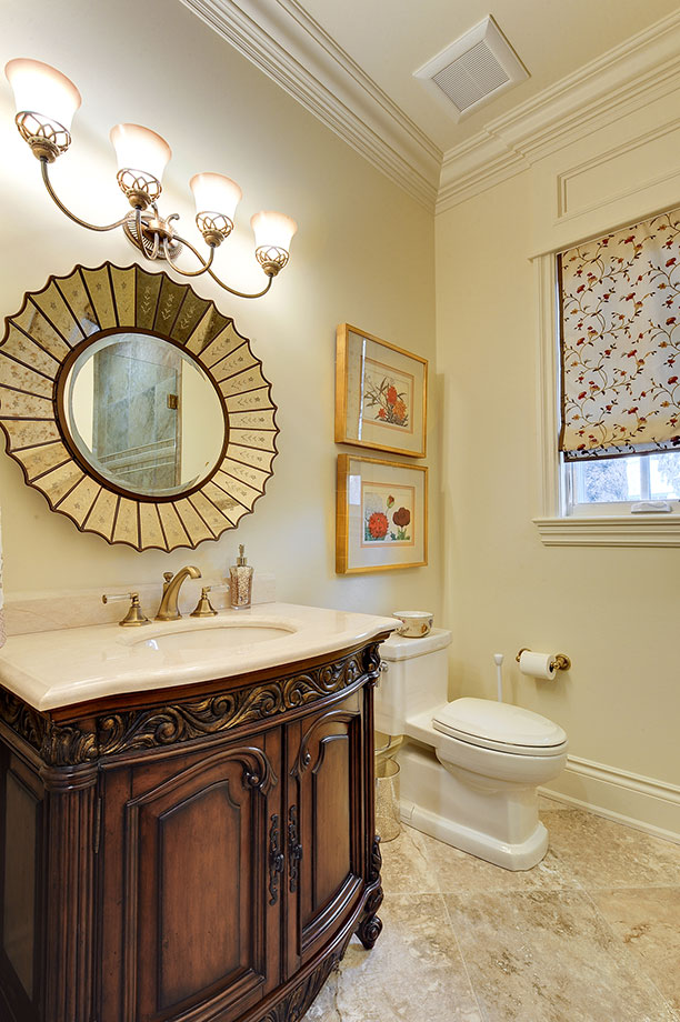 1620-Meadow-Glenview - Guest-Bathroom - Globex Developments Custom Homes