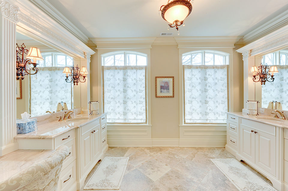 1620-Meadow-Glenview - MasterBathroom - Globex Developments Custom Homes