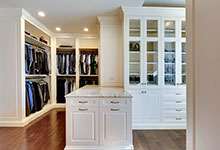 1620-Meadow-Glenview - Master-Closet - Glenview Haus Gallery