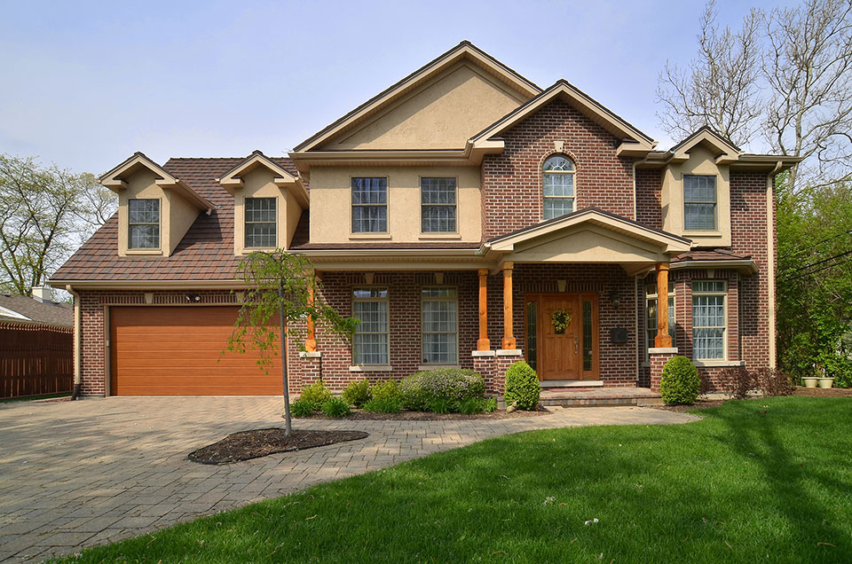 1836 Robincrest House Front Globex Developments Custom Homes