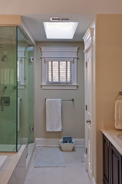 1909-Larkdale - MasterBathroom-Vertical - Globex Developments Custom Homes