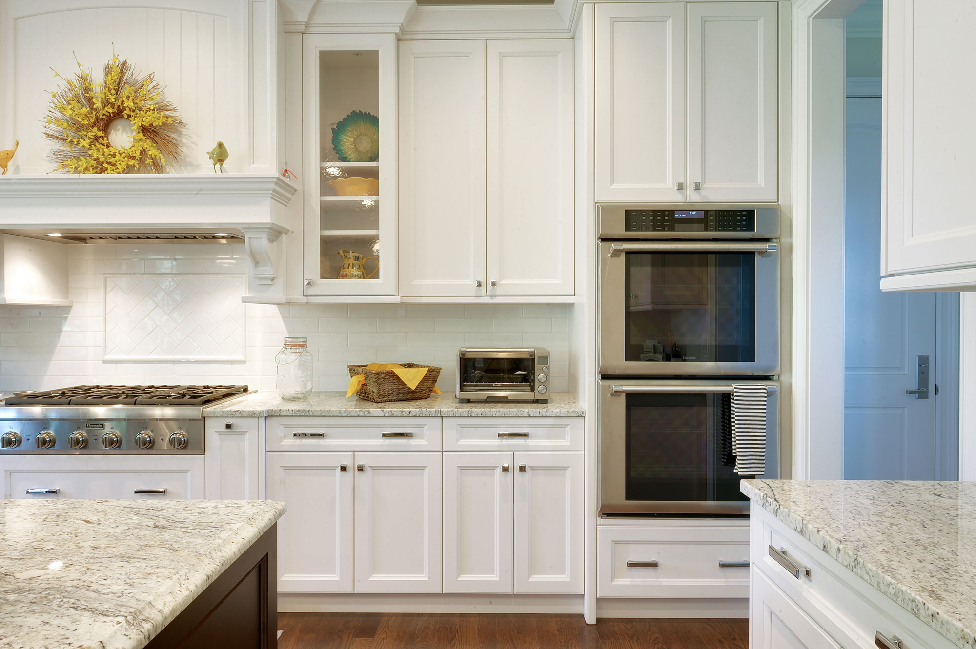 Kitchen Cabinets New Custom Homes Globex Developments Inc Custom Home Builders In Glenview New Construction House Building Professional Home Remodeling Projects Best Builder In Glenview