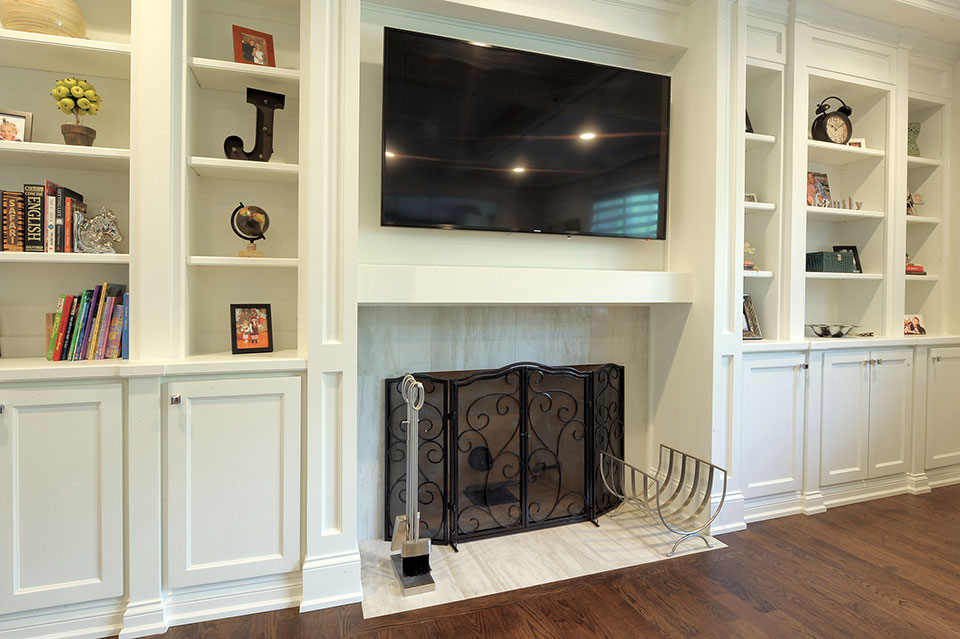1924-Alexandria-Ct-Northbrook - Family-Room-Fireplace - Globex Developments Custom Homes