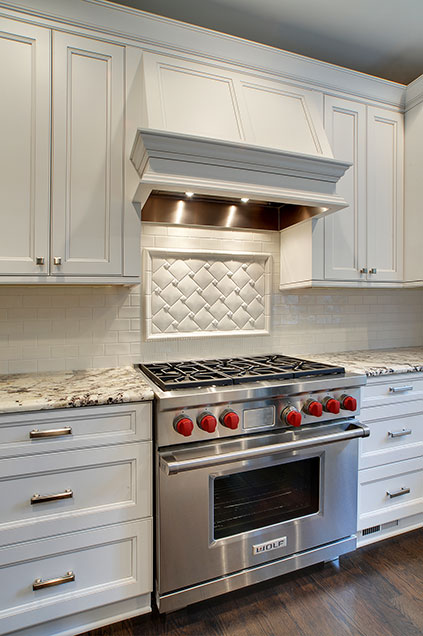 1929-Palmgren-Glenview - kitchen-backsplash-detail - Globex Developments Custom Homes