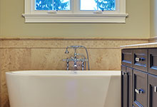 1929-Palmgren-Glenview - Masterbath Tub - Globex Developments Custom Homes