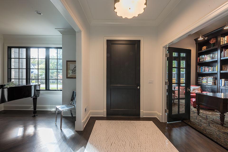 1943-Glen-Oak-Glenview - Entry Door - Globex Developments Custom Homes