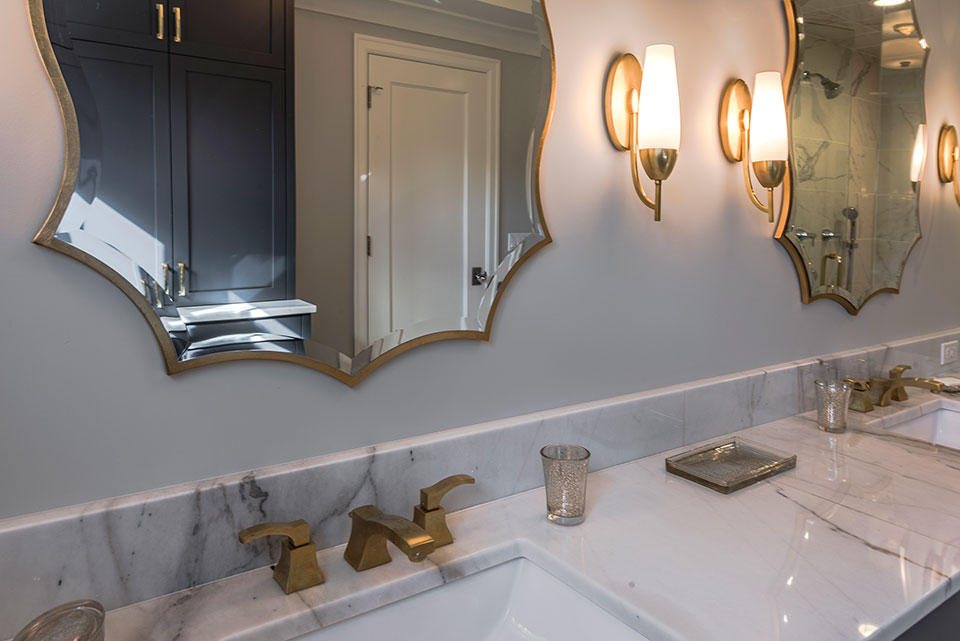 1943-Glen-Oak-Glenview - Master-Bathroom-Vanity-Top-Detail - Globex Developments Custom Homes