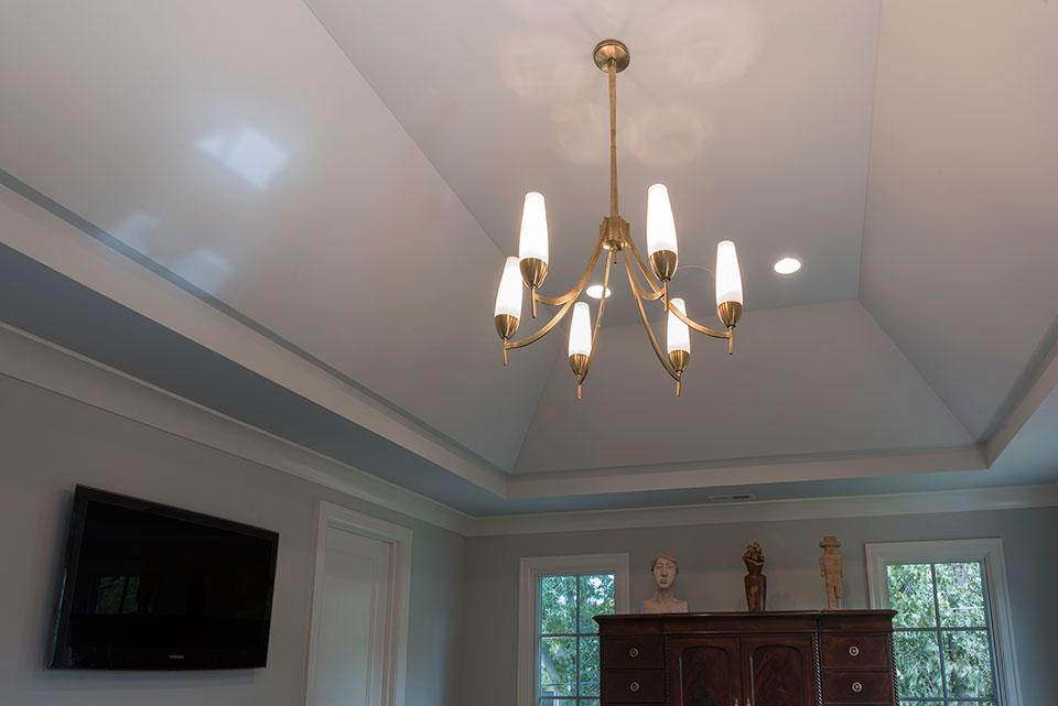 1943-Glen-Oak-Glenview - Master Bedroom Ceiling - Globex Developments Custom Homes