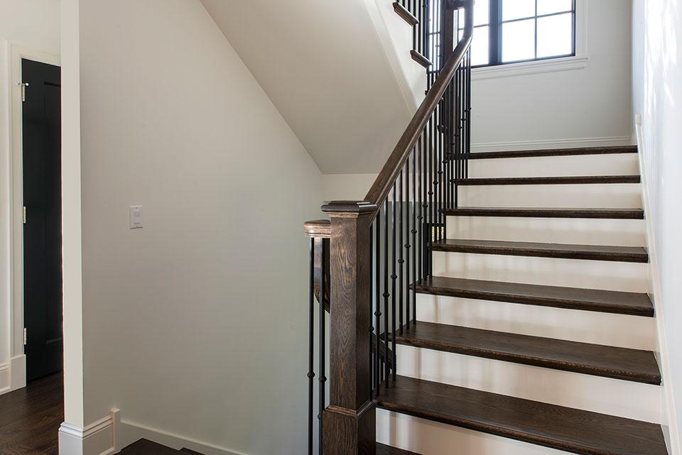 1943-Glen-Oak-Glenview - Stairs Detail - Globex Developments Custom Homes