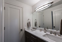 1943-Glen-Oak-Glenview - Jack and Jill Bathroom Vanity - Globex Developments Custom Homes