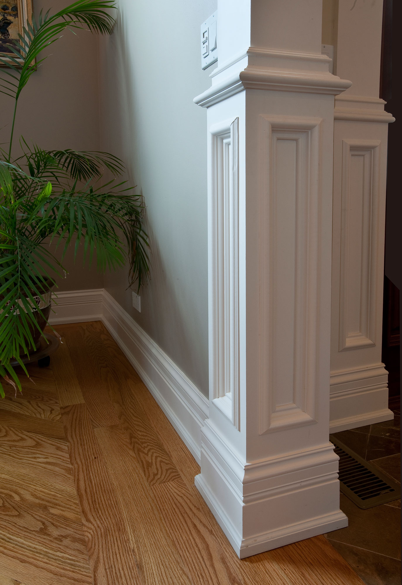 Column Trim New Custom Homes