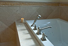 1957-Glenview - Bathroom - Globex Developments Custom Homes