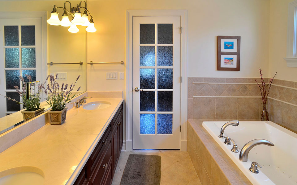2203-Glenview - Bathroom - Globex Developments Custom Homes