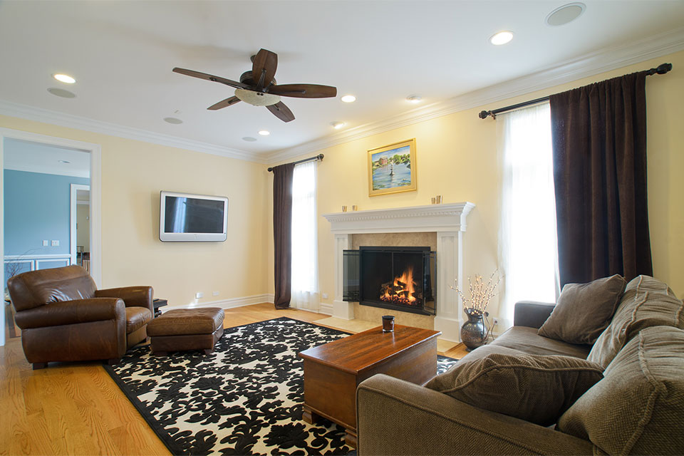 2203-Glenview - FamilyRoom-Fireplace - Globex Developments Custom Homes
