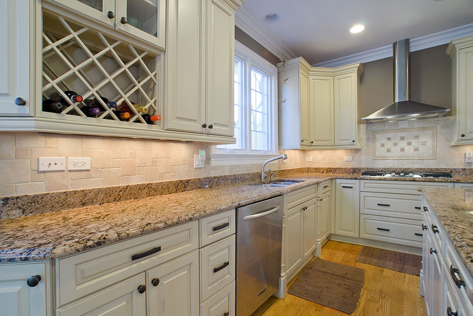 2203-Glenview - Kitchen-Cabinets - Globex Developments Custom Homes