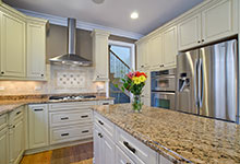 2203-Glenview - Kitchen - Globex Developments Custom Homes