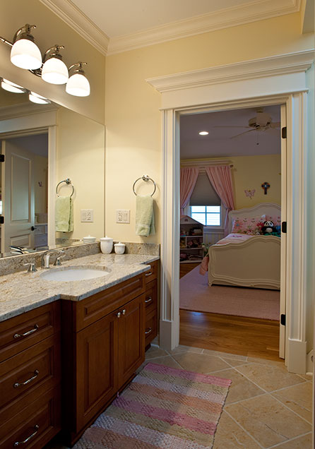 2303-Henly - KidsBathroom-Entrance - Globex Developments Custom Homes