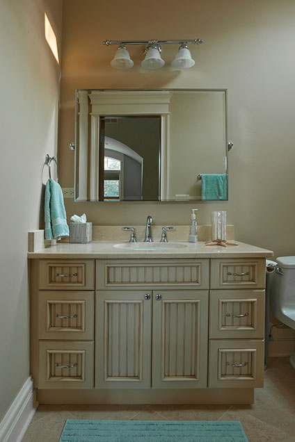 2303-Henly - KidsBathroom2-Vanity - Globex Developments Custom Homes