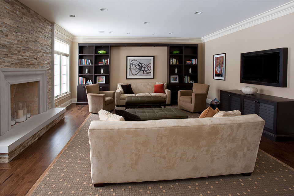 2315-Dewes - FamilyRoom-Front - Globex Developments Custom Homes